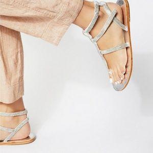 🌻Rose gold diamond free people sandals
